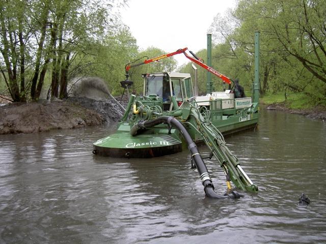 земснаряд, принцип работы судна для очистки рек и прудов
